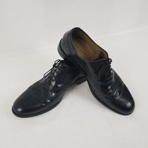 Men's Size 9.5 M Black Leather Lace Up Shoes